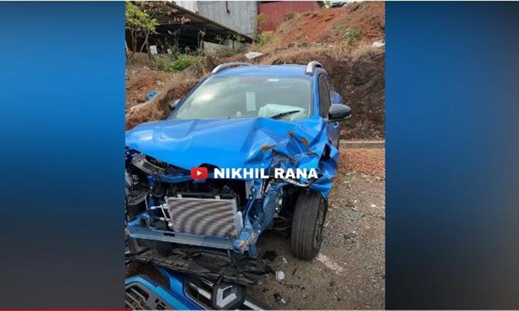 Renault Kiger accident front profile