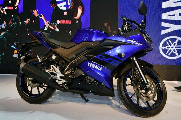 Yamaha YZF-R15 V3.0 at 2018 Auto Expo