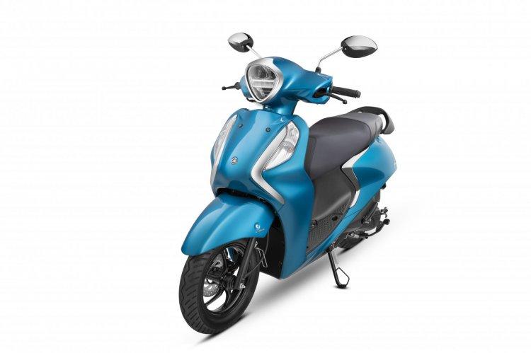 Yamaha Fascino Cyan Blue