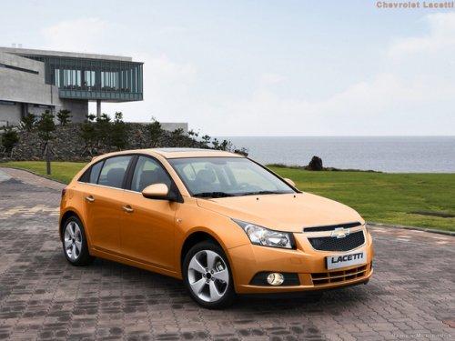 Chevrolet_Cruze_hatchback