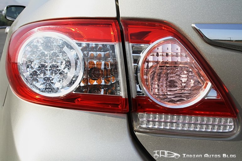 Facelifted Corolla Altis tail lamp