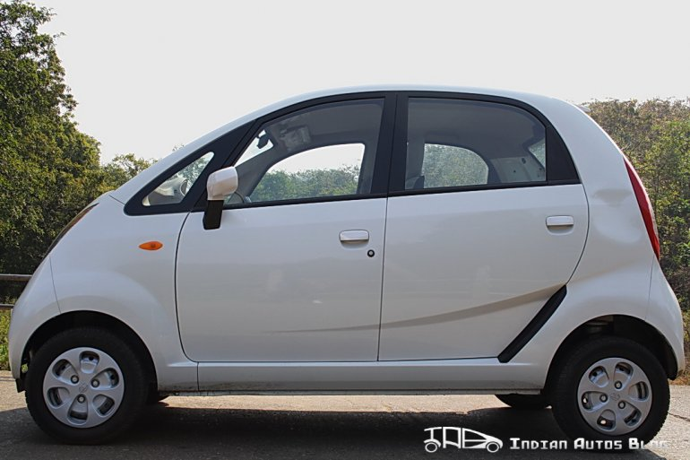 2012 Tata Nano side profile
