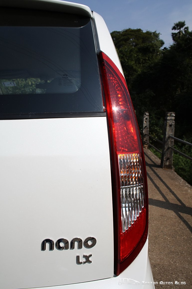 2012 Tata Nano tail lamps