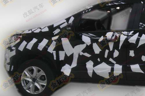 2012 Ford EcoSport spied in China (2)