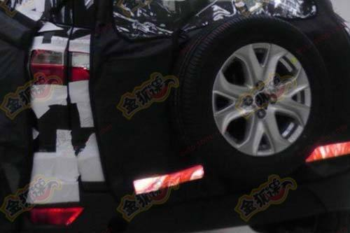 2012 Ford EcoSport spare wheel