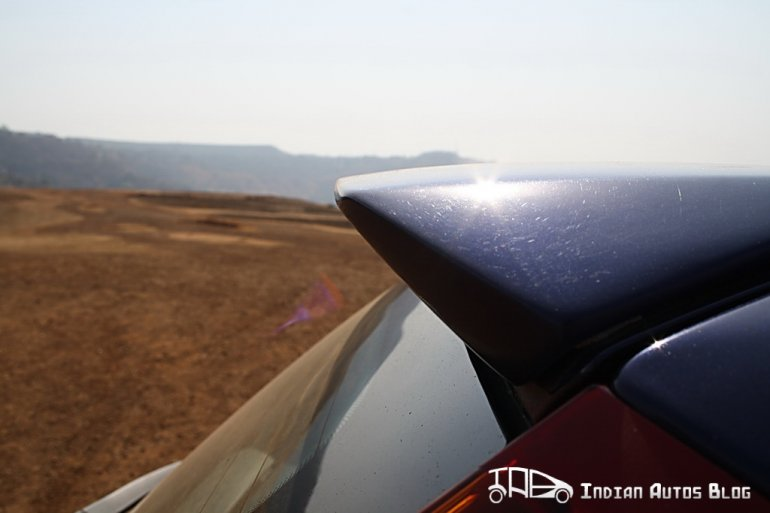 2012 Fiat Grande Punto spoiler