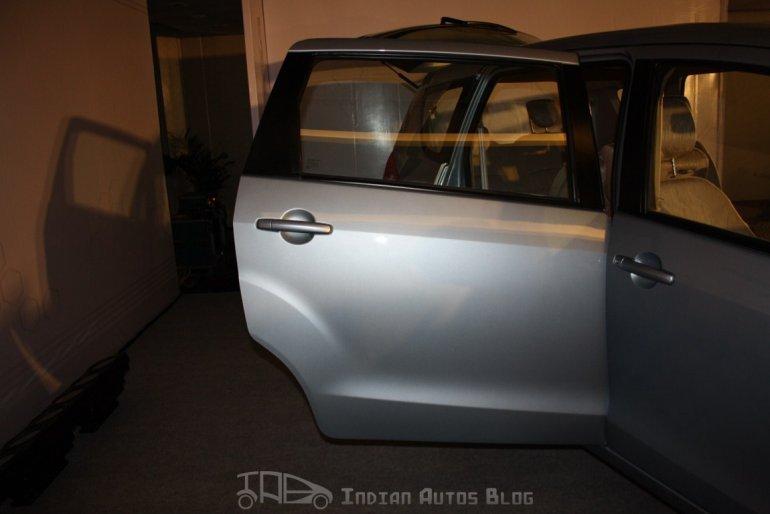 Maruti Suzuki Ertiga ZXI rear door