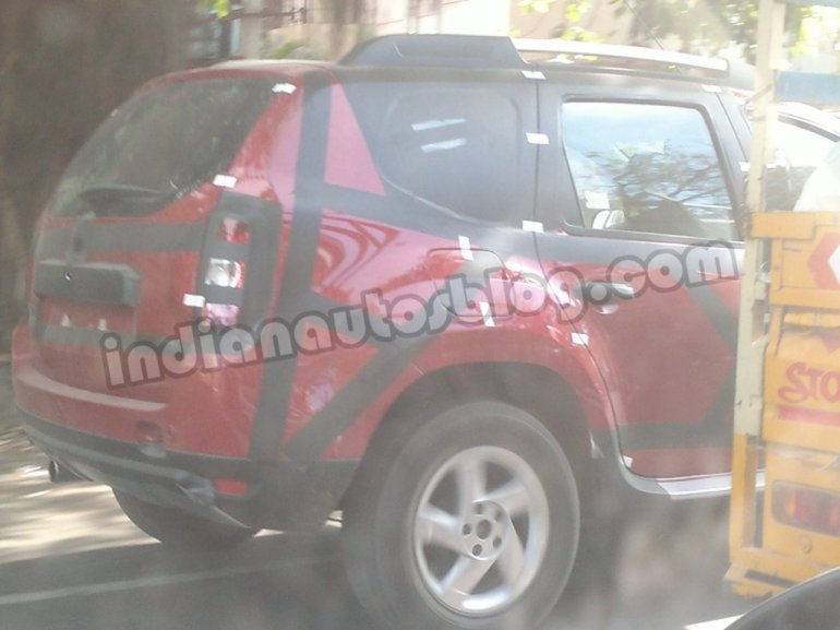 Renault Duster convoy spotted in Chennai rear quarter glass