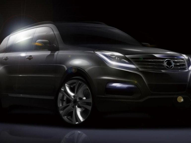 Ssangyong Rexton facelift front three quarters