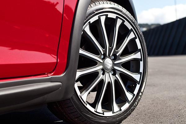 Suzuki Swift XS alloy wheel