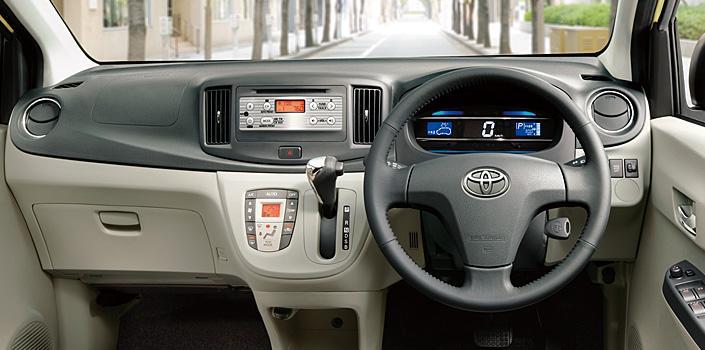 Toyota Pixis Epoch dashboard