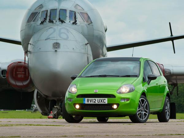 2013 Fiat Punto in the UK front