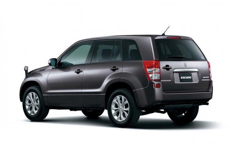 2013 Suzuki Vitara rear