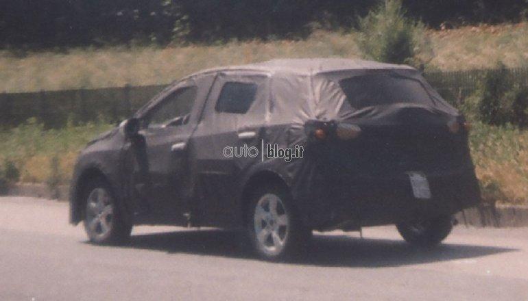 2014 Suzuki SX4 rear