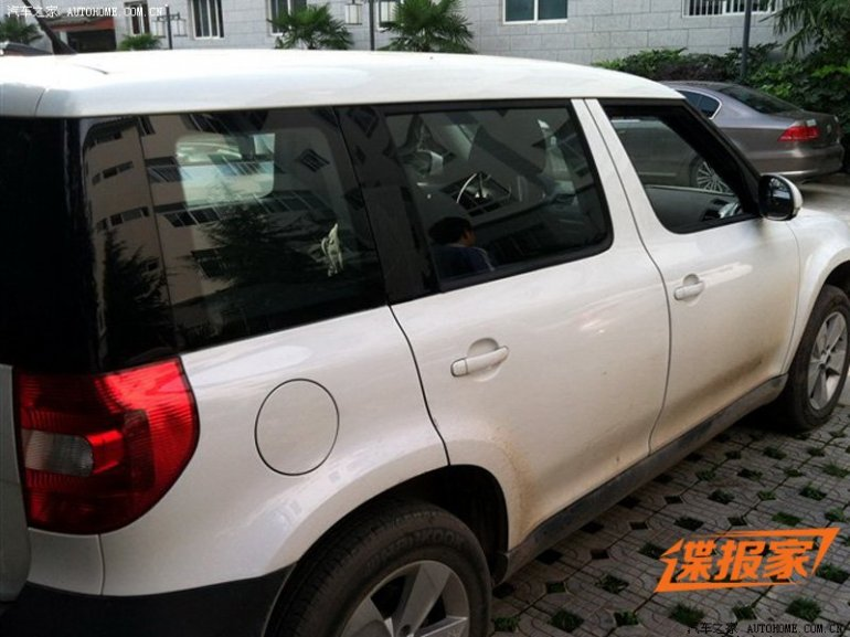 Long wheelbase Skoda Yeti for China