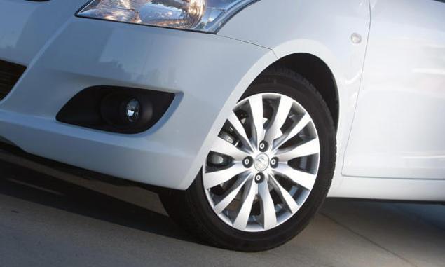 Suzuki-Swift-Navi-Style - alloy wheel