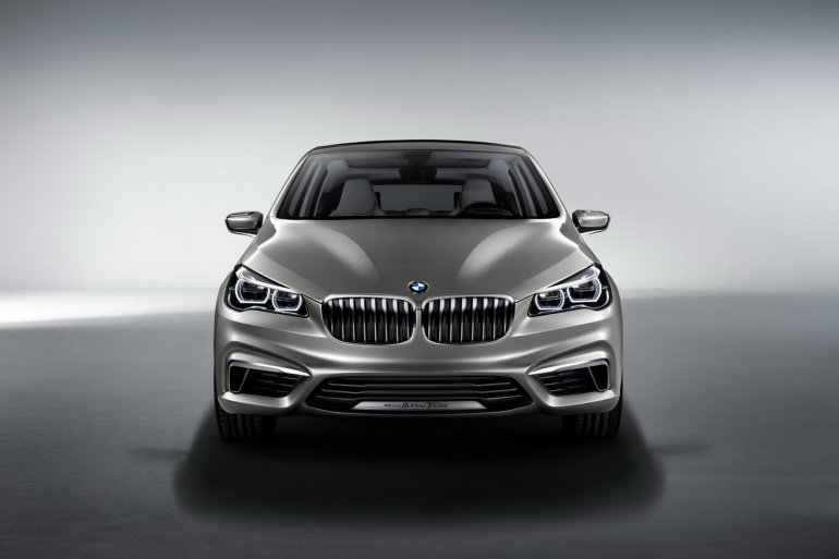 BMW Concept Active Tourer front