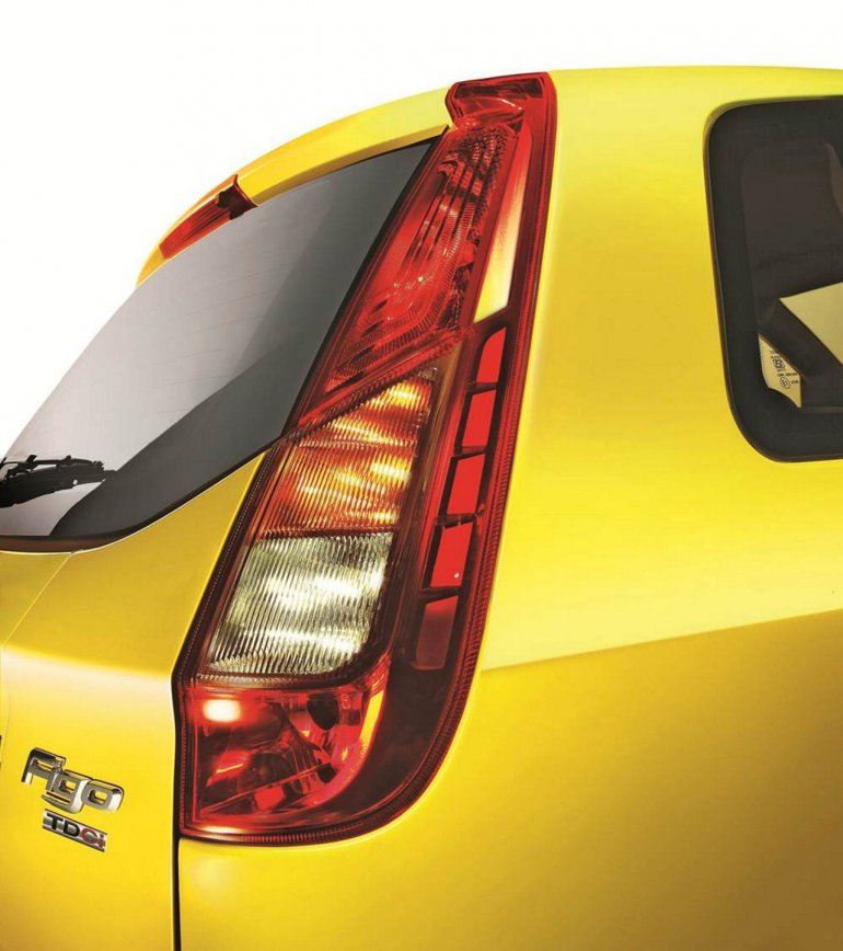 Ford Figo facelift New Tail Lamp