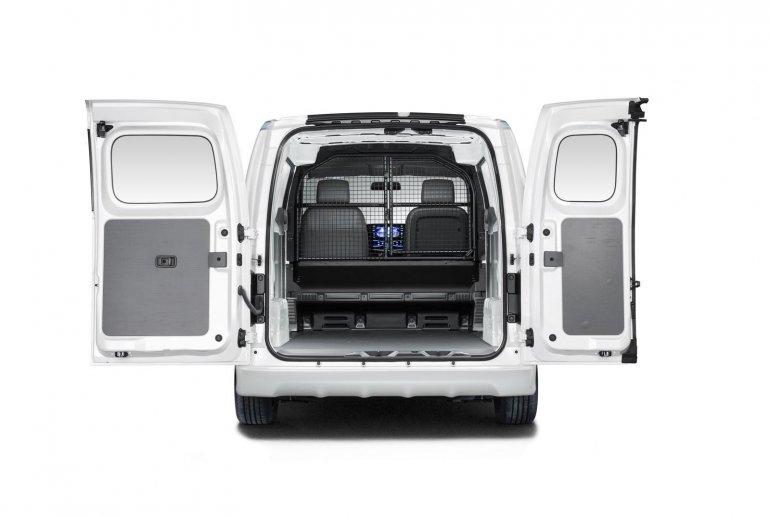 Nissan e-NV200 FedEX cargo