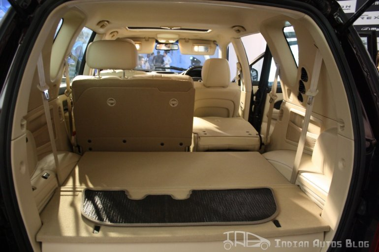 Ssangyong Rexton third row folded second row one seat folded