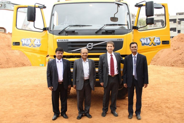 Volvo FM 480 10x4 Dump Truck with the VECV management