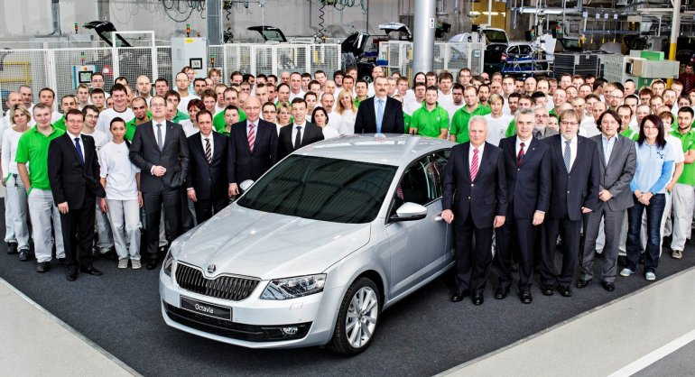 2013 Skoda Octavia enters production group pic