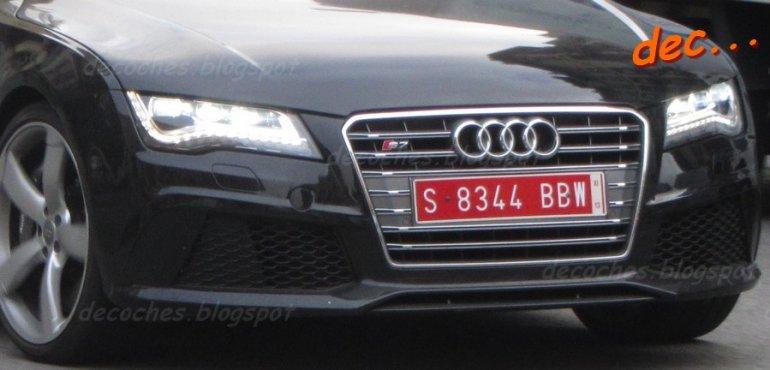 Audi RS7 spied front bumper