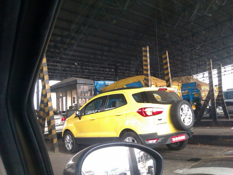 Ford EcoSport Bright Yellow side profile