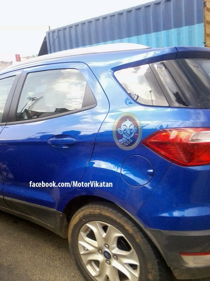 Ford EcoSport spyshot chennai rear quarter