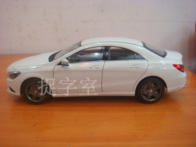 Mercedes CLA Class Diecast model side profile