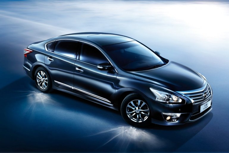 2014 Nissan Teana for China front three quarters