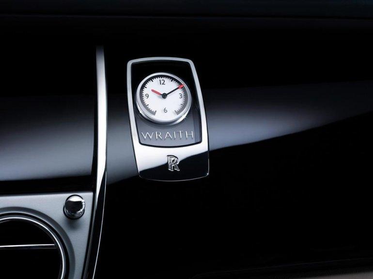 Rolls Royce Wraith clock