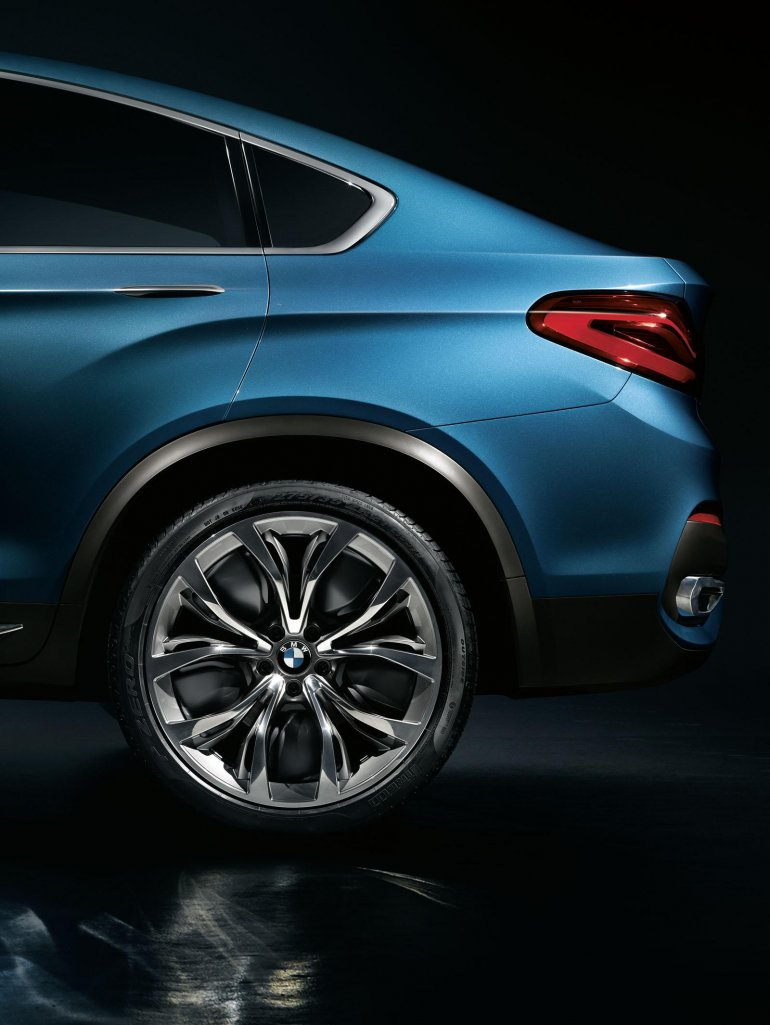 BMW Concept X4 rear profile