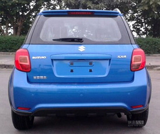 Suzuki SX4 China facelift rear