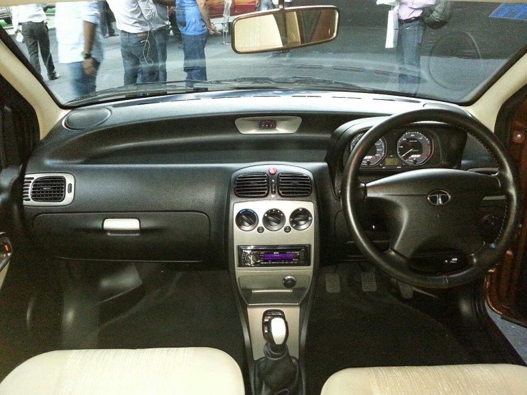 2013 Tata Indigo eCS dual tone dashboard