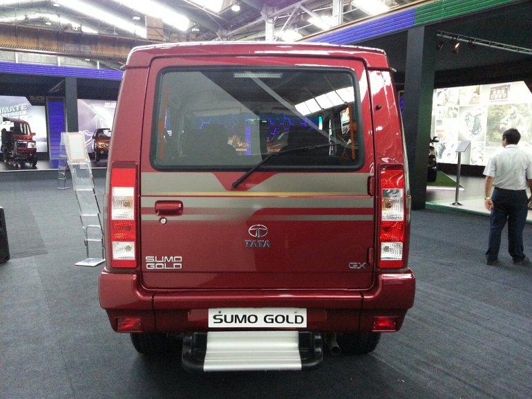 2013 Tata Sumo Gold rear