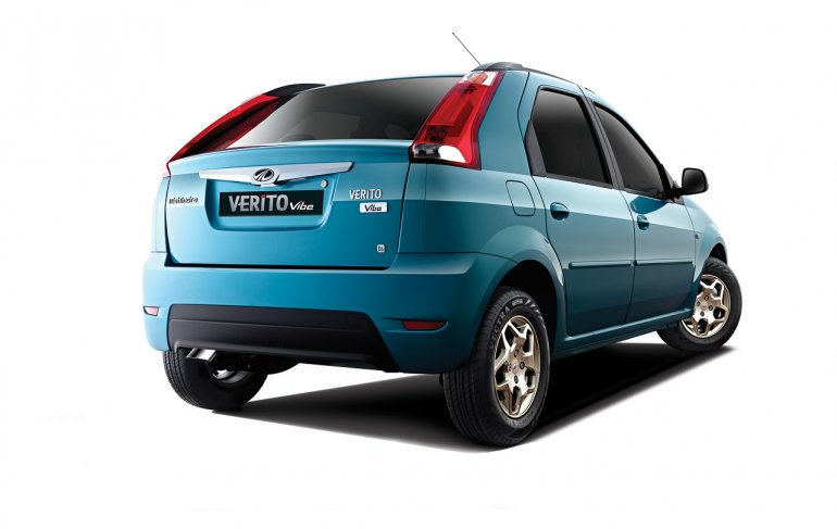 Mahindra Verito Vibe studio rear