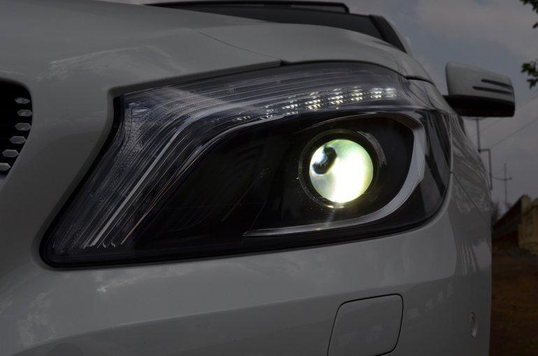Mercedes A Class A180 Bi Xenon lights