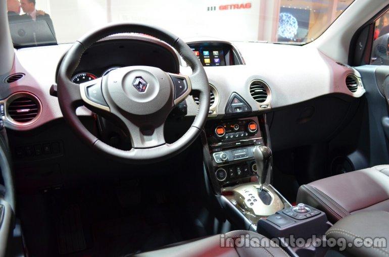 Dashboard of the 2014 Renault Koleos