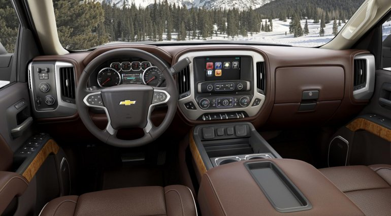 2014 Chevrolet Silverado High Country dashboard