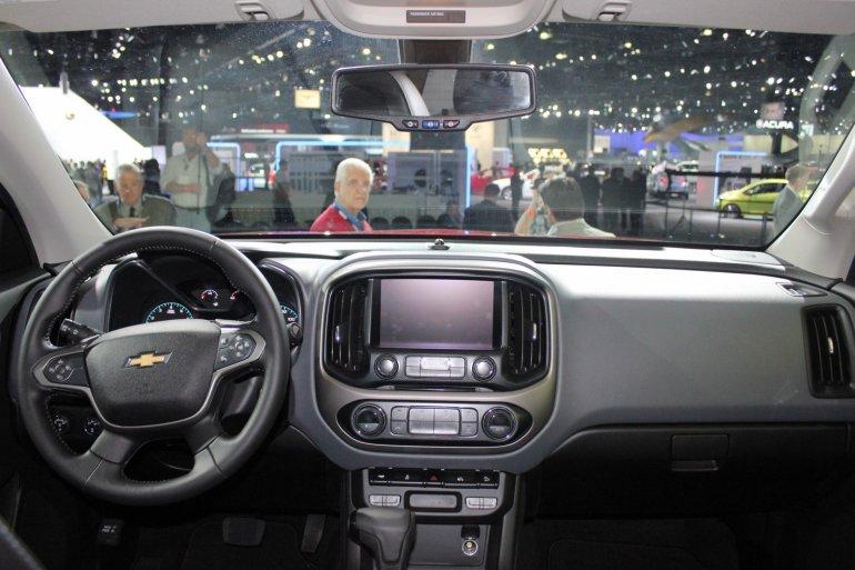 2015 Chevrolet Colorado dashboard