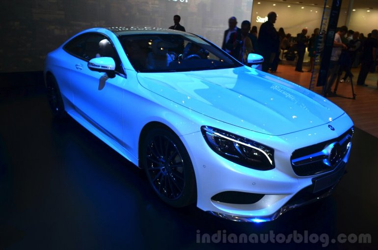 Mercedes S-Class Coupe front three quarters at Geneva Motor Show