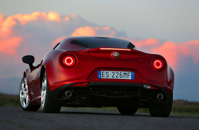 Alfa Romeo 4C rear press shot