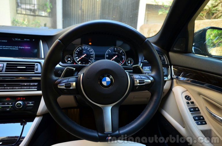 2014 BMW 530d M Sport Review steering