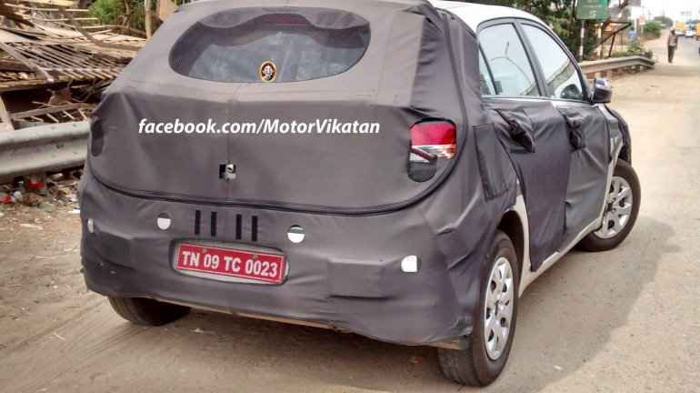 Spied in India 2015 Hyundai i20 rear quarter