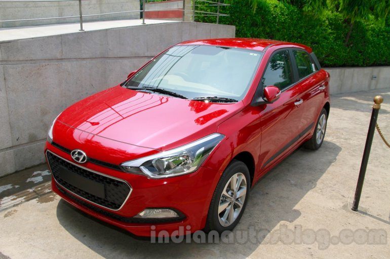 hyundai elite i20 features and specifications. Black Bedroom Furniture Sets. Home Design Ideas