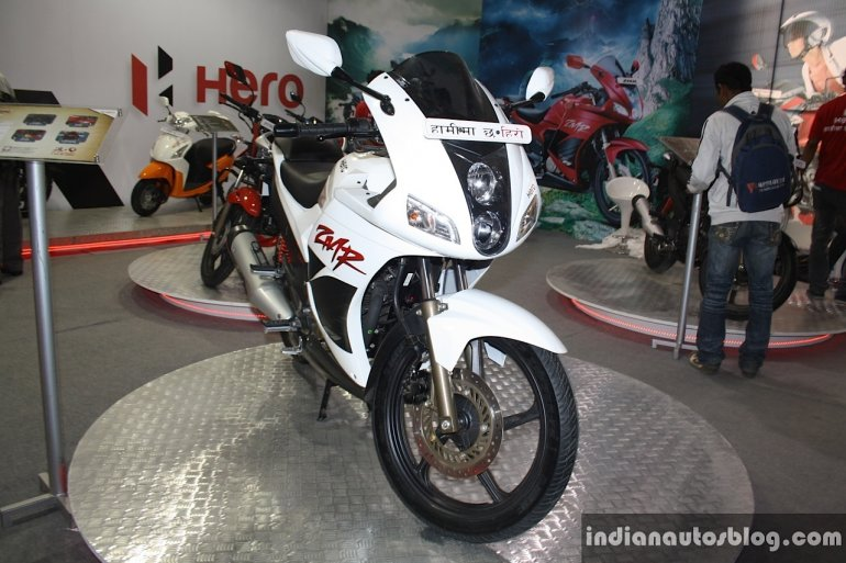 Hero Karizma ZMR front three quarter at the 2014 Nepal Auto Show