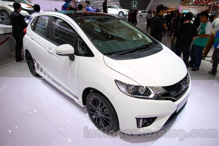 Honda Jazz RS Black Top front three quarters at the Indonesia International Motor Show 2014