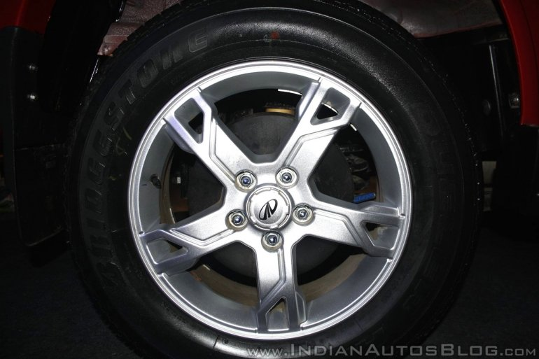 New Mahindra Scorpio alloy wheel design at the launch