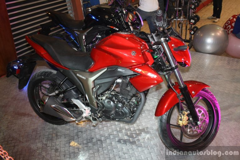 Suzuki Gixxer at the 2014 Nepal Auto Show